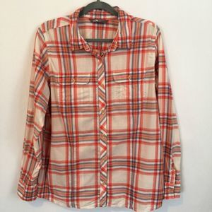 The North Face Plaid Button Up Shirt Tab Sleeves